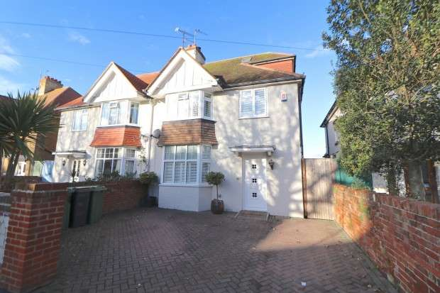 4 Bedrooms Semi Detached House for sale in Moy Avenue, Eastbourne, BN22