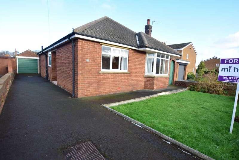 4 Bedrooms Detached House for sale in St. Johns Avenue, Kirkham