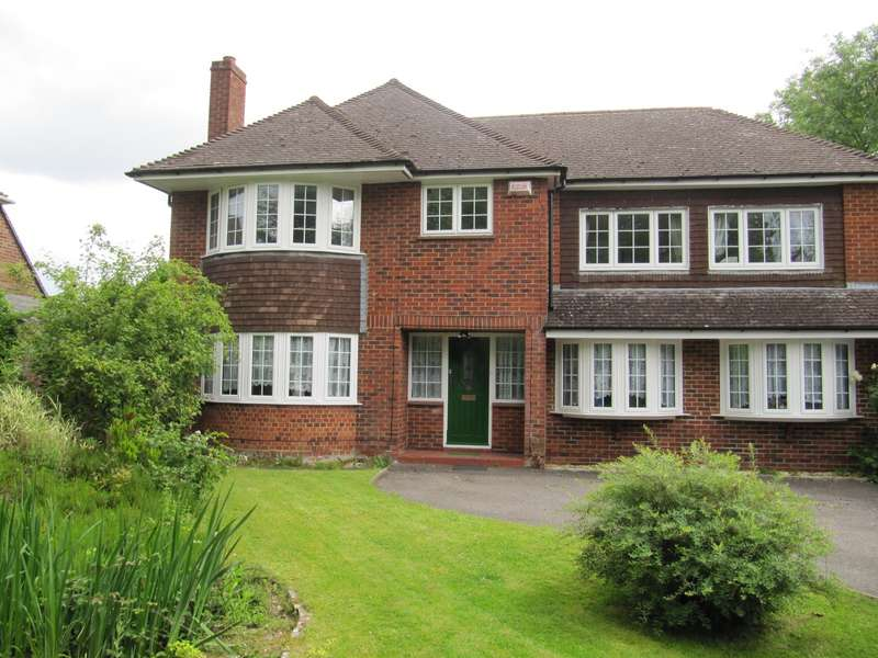 5 Bedrooms House for rent in Tadley