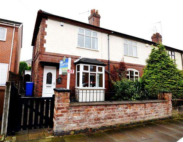 2 Bedrooms Town House for sale in Stanley Road, Hartshill, Stoke-On-Trent