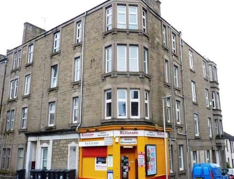 3 Bedrooms Flat for rent in Constitution Street, Dundee, DD3