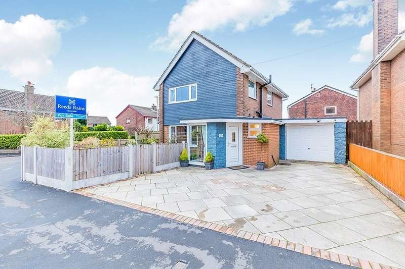3 Bedrooms Detached House for sale in Trentfield Road, Stoke-On-Trent, ST2