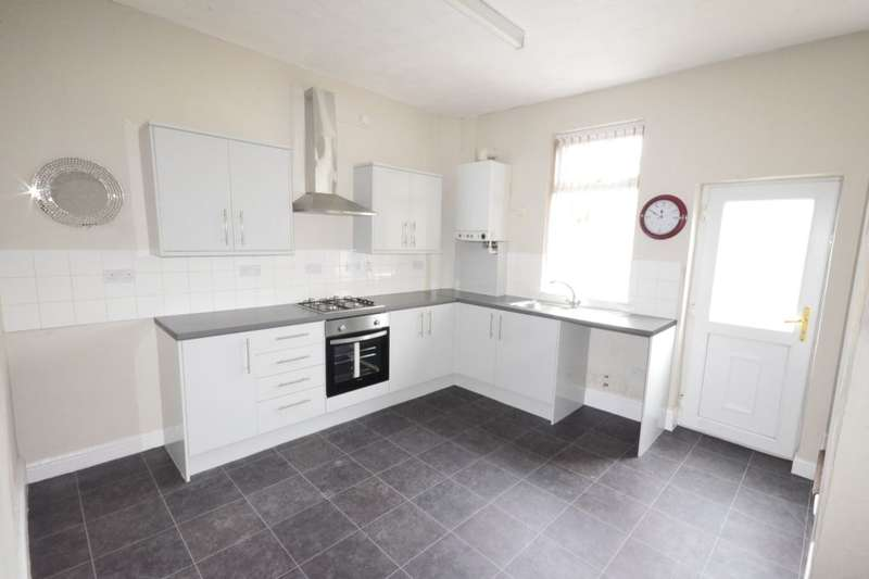2 Bedrooms Property for sale in Barton Road, Farnworth, Bolton, BL4