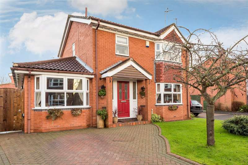 3 Bedrooms Detached House for sale in Broughton Way, York, YO10
