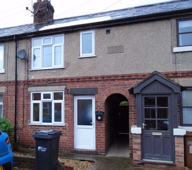 2 Bedrooms Terraced House for sale in Main Road, Higher Kinnerton, CH4