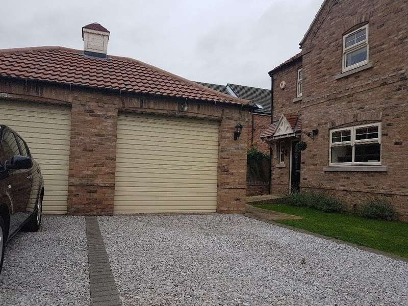3 Bedrooms Semi Detached House for sale in Dale View, Armthorpe