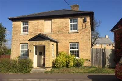 2 Bedrooms Flat for rent in ERMINE STREET, PAPWORTH EVERARD