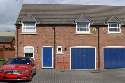 3 Bedrooms Semi Detached House for rent in Fairford Leys