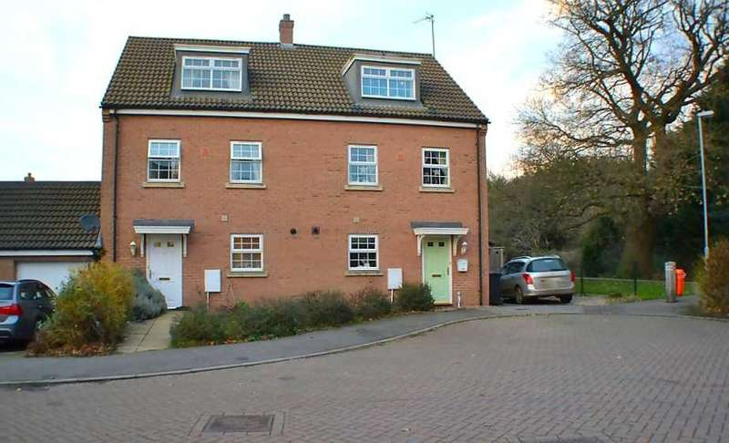 4 Bedrooms Semi Detached House for sale in Jackson Close, Watlington, King's Lynn