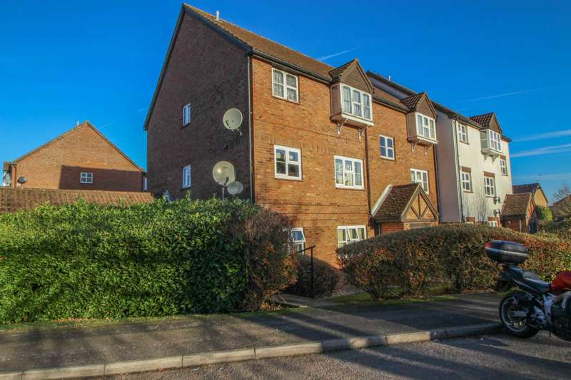 1 Bedroom Flat for sale in Redwood Close, South Oxhey