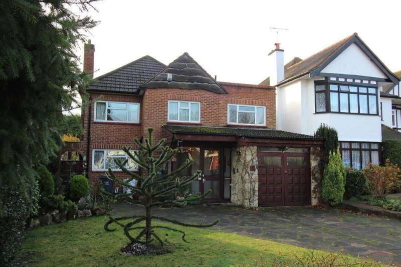 4 Bedrooms Detached House for sale in The Drive, Orpington, Kent, BR6 9AR