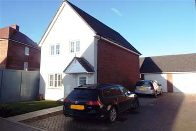 3 Bedrooms Detached House for rent in Kingsbrook, Broughton