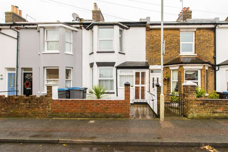 2 Bedrooms Terraced House for sale in Canada Road, Walmer, Deal