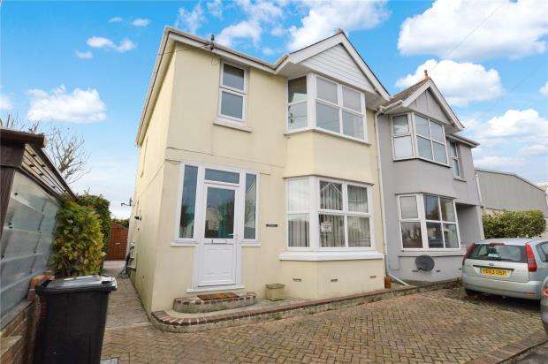 3 Bedrooms Semi Detached House for sale in Higher Furzeham Road, Brixham, Devon