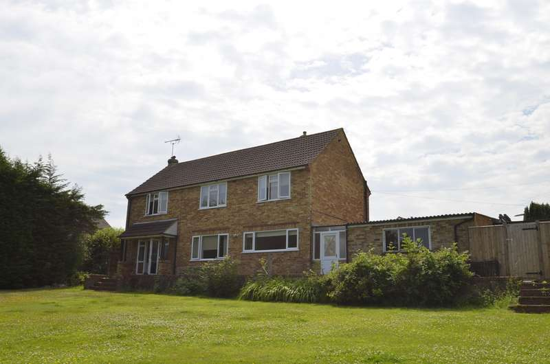 5 Bedrooms House for rent in Bryanstone Avenue, Guildford