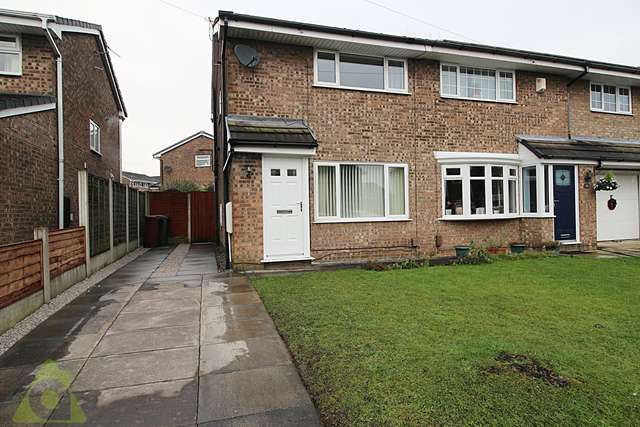 2 Bedrooms Semi Detached House for sale in Drake Hall, Westhoughton, BL5