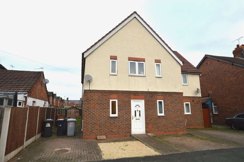3 Bedrooms Semi Detached House for sale in Neville Street, Crewe, CW2
