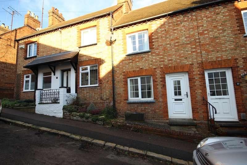 2 Bedrooms Cottage House for sale in Park Street, Ampthill, Bedford, MK45