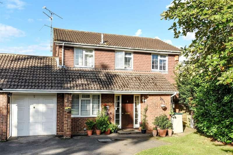 4 Bedrooms Link Detached House for sale in Woosehill Lane, WOKINGHAM, RG41