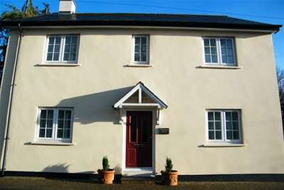 4 Bedrooms House for rent in Church Road, Colaton Raleigh