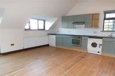 1 Bedroom Flat for rent in The coach house, Hollingwood