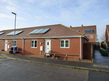 2 Bedrooms Bungalow for sale in Thorpe St. Andrew, Norwich, Norfolk