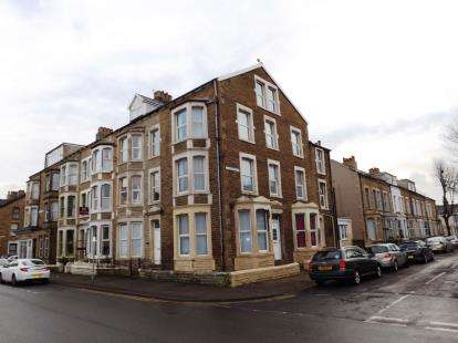 6 Bedrooms End Of Terrace House for sale in Cambridge Road, Morecambe, Lancashire, United Kingdom, LA3