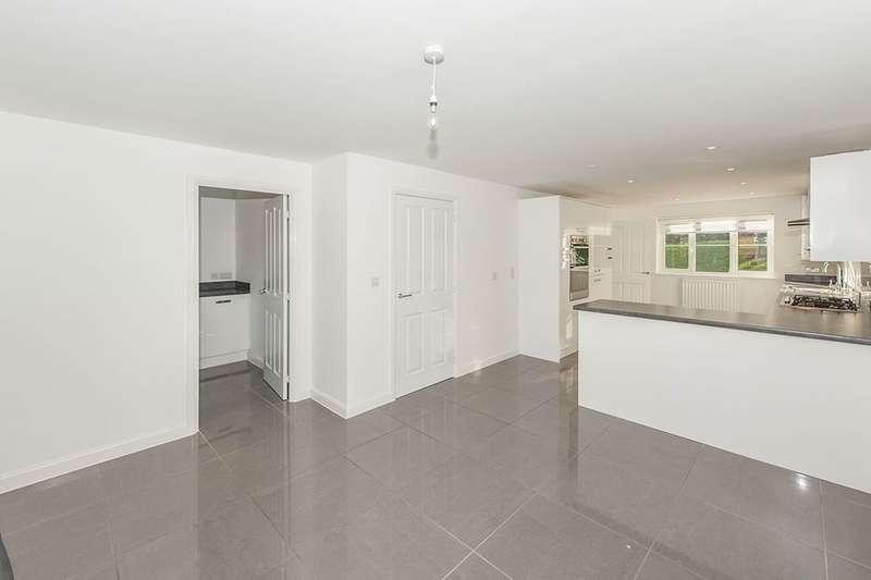 6 Bedrooms Detached House for rent in Avocet Road, Hemel Hempstead, HP3