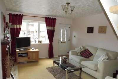 2 Bedrooms Mews House for rent in Tweedsmuir Close, Cinnamon Brow, WA2