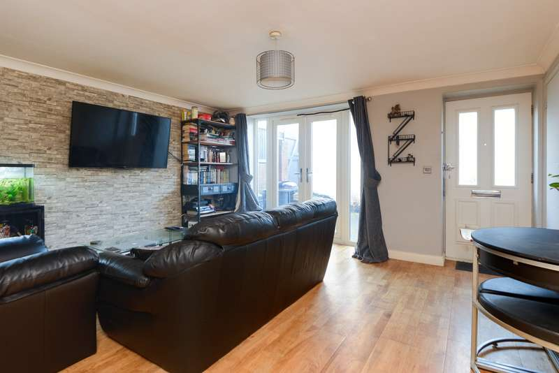 2 Bedrooms Apartment Flat for sale in Bridge House, 71 Old Dover Road, Canterbury, CT1