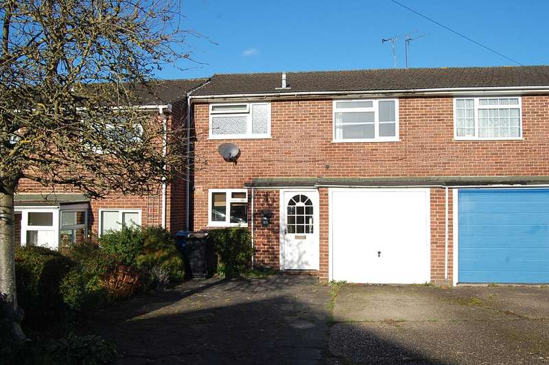 3 Bedrooms Terraced House for sale in Royle Close, Chalfont St Peter, SL9