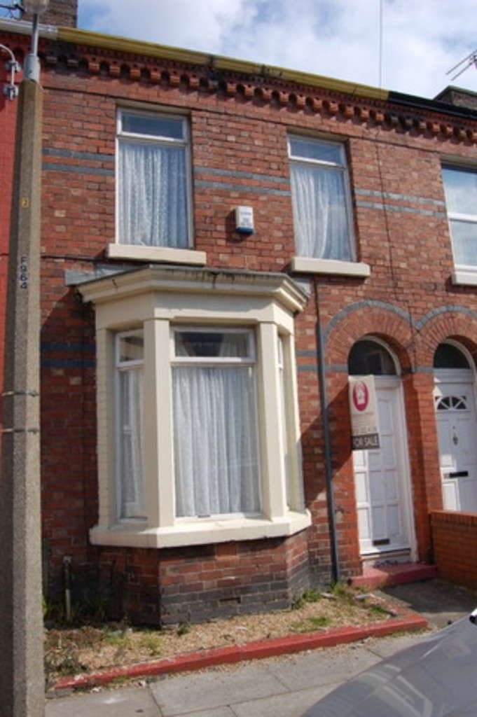 2 Bedrooms Terraced House for sale in Denton Grove, Liverpool L6