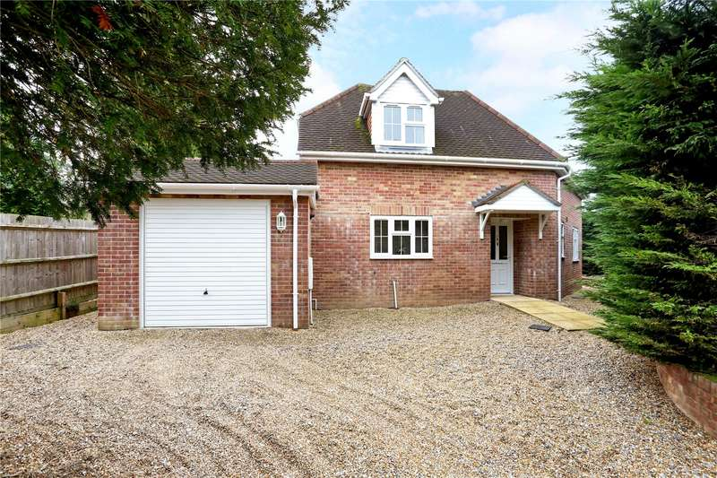 3 Bedrooms Detached House for sale in Grayshott Laurels, Lindford, Hampshire, GU35