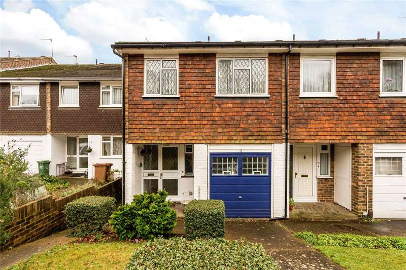 4 Bedrooms House for sale in Hillview, London, SW20