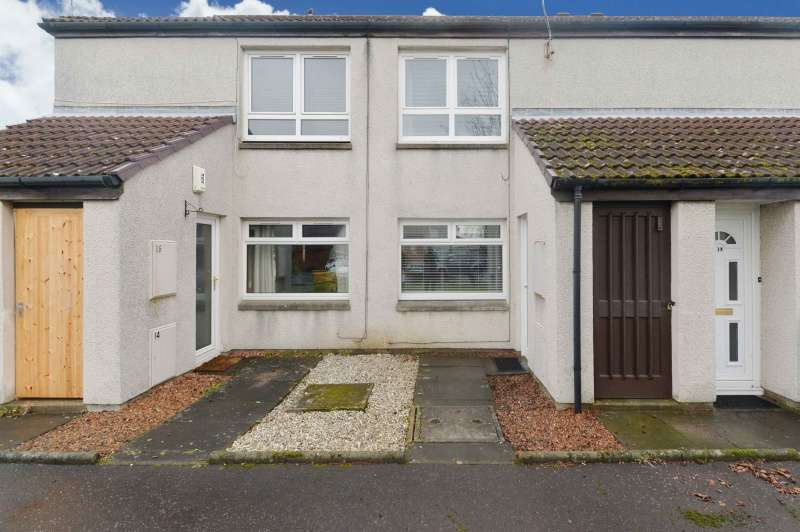 1 Bedroom Ground Flat for sale in The Latch, Cairneyhill, Dunfermline, Fife, KY12 8UX