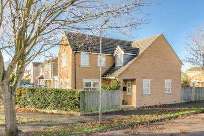Detached House for sale in Windmill Hill Drive, Bletchley, Milton Keynes, Buckinghamshire