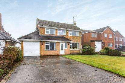 4 Bedrooms Detached House for sale in Chatsworth Avenue, Culcheth, Warrington, Cheshire