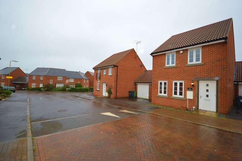 3 Bedrooms Detached House for rent in Carter Drive, Basingstoke, RG24
