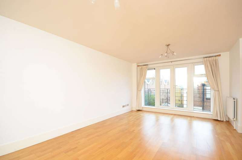 3 Bedrooms Flat for rent in Jerome Place, Kingston, KT1