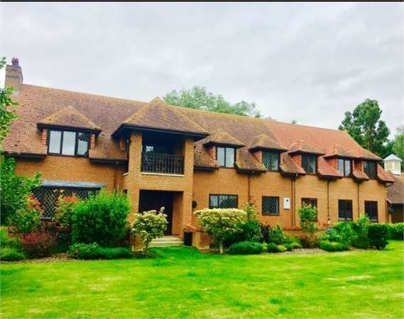 5 Bedrooms Detached House for sale in Broadgate Road, Sutton St James, Spalding, Lincolnshire