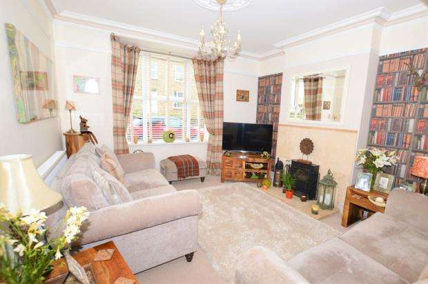 4 Bedrooms Semi Detached House for sale in Chariot Road, Illogan Highway, Redruth, Cornwall