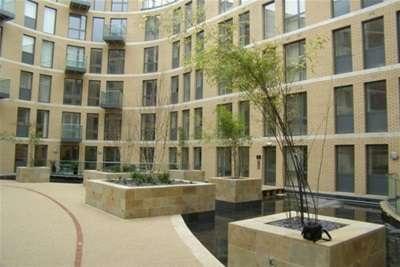 2 Bedrooms Flat for rent in I Land, Essex Street