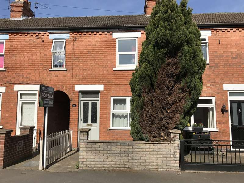 3 Bedrooms Terraced House for sale in Balderton, Grove Street NG24