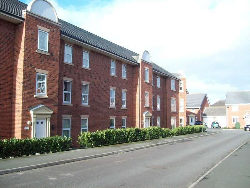 2 Bedrooms Property for sale in Lambert Crescent Kingsley Village Nantwich CW5