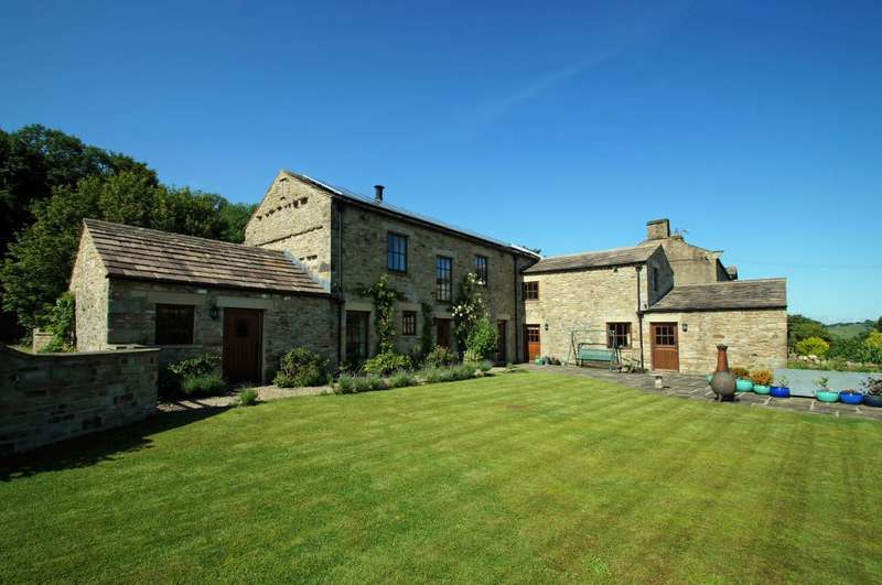 5 Bedrooms Detached House for sale in Tom Gill House, Thoralby, Leyburn, DL8 3SU