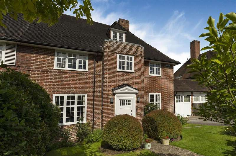4 Bedrooms Semi Detached House for sale in Cotman Close, NW11
