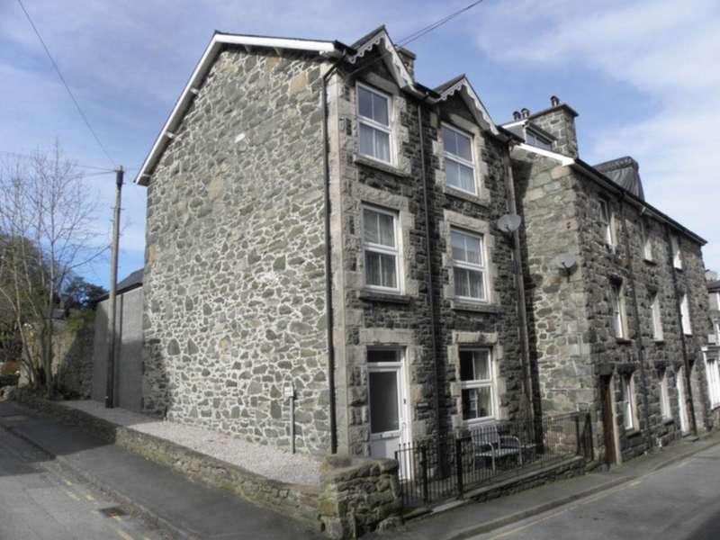 5 Bedrooms House for sale in Springfield Street, Dolgellau, LL40