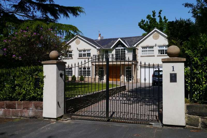 5 Bedrooms Detached House for sale in Park Avenue, Hale