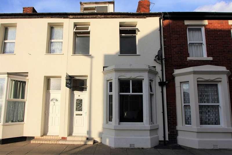 4 Bedrooms Terraced House for sale in Erdington Road FY1