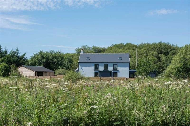 4 Bedrooms Detached House for sale in Pinged, Burry Port